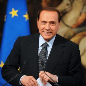 Incendi in Sardegna. Berlusconi: la Commissione europea attivi mezzi del fondo RescEU